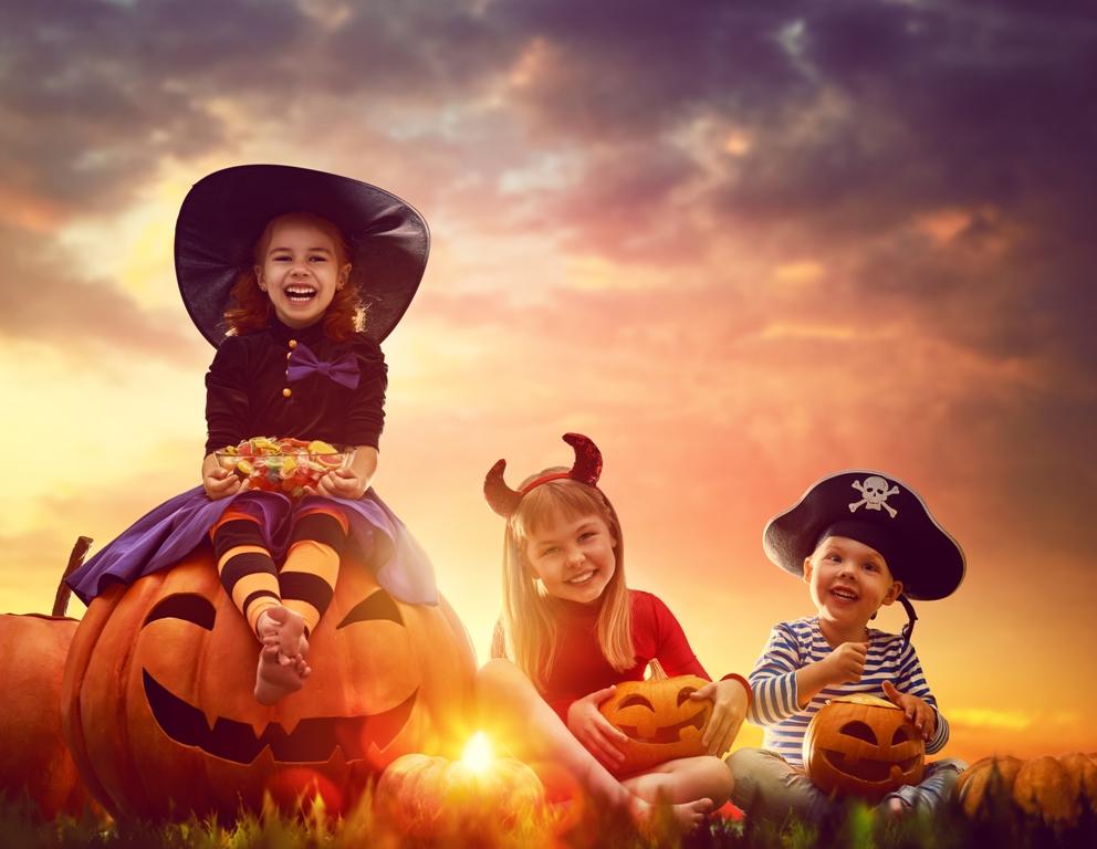 Notte di Halloween giochi per bambini: il fantasma che balla