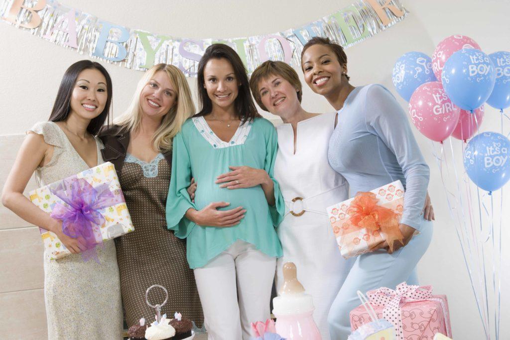 Come fare decorazioni per baby shower, Decorazioni per baby shower: magliette da bambino